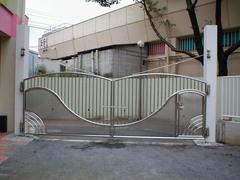 ステンレス門扉