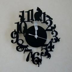 ネコシルエット壁掛け時計
