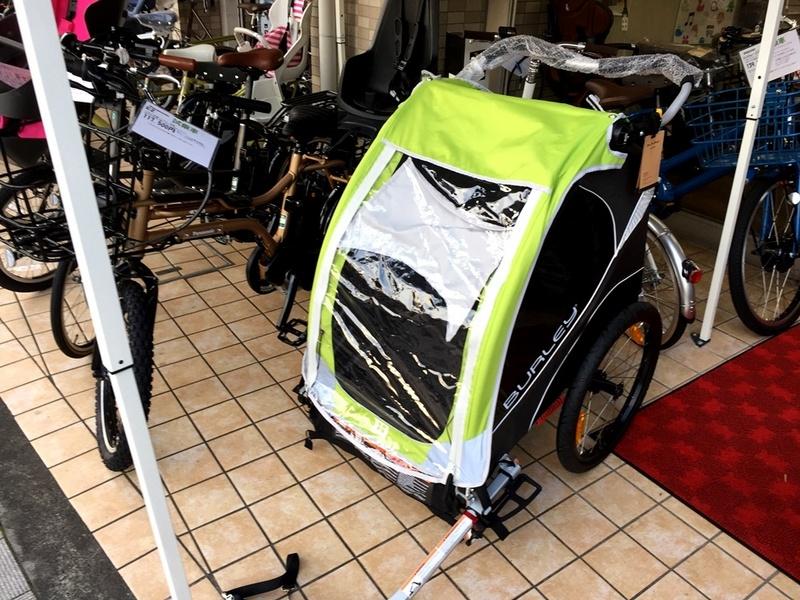 自転車用ベビーカーBURLEY社製のD-LITE試乗車ご用意しました!